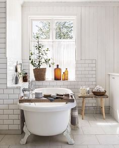 Cheap Home Decor Bathroom with subway tile and clawfoot tub Beautiful bathroom design Home Decor Bathroom with subway tile and clawfoot tub Beautiful bathroom design Bad Inspiration, Bathroom Inspiration, Home Decor Inspiration, Bathroom Spa, White Bathroom, Bathroom Fixtures, Bathroom Ideas, Bathroom For Kids, Kmart Bathroom