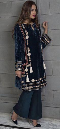 Pakistani Formal Dresses, Pakistani Outfits, Indian Outfits, Stylish Dresses, Casual Dresses, Couture Dresses, Fashion Dresses, Indian Fashion, Boho Fashion