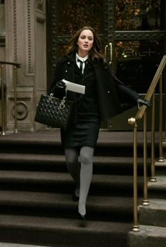 GET THE LOOK: Gossip Girl Style-Blair Waldorf Blair waldorf style All black Dior black bag