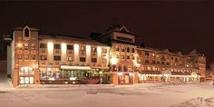 Hotel Perner in Obertauern, Salzburg. hotel in the centre of the skiing area. Winter Holidays, 4 Star Hotels, Mansions, Night, House Styles, Home, Winter Vacations, Mansion Houses, Manor Houses