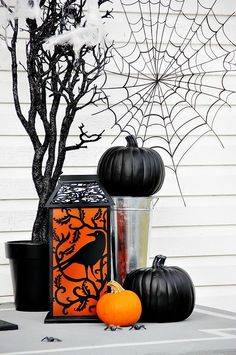 Halloween Easy Front Door Decorations