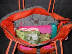 Packing a carry on for international flight - great tip for mommies who handle all the family stuff while traveling!