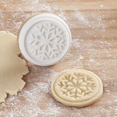 Create fun Christmas cookies with our selection of Christmas cookie cutters. Christmas Cookie Cutters, Best Christmas Cookies, Holiday Baking, Christmas Baking, Secret Santa Presents, Cookie Exchange Party, Perfect Cookie, Cookie Dough, Christmas Decorations