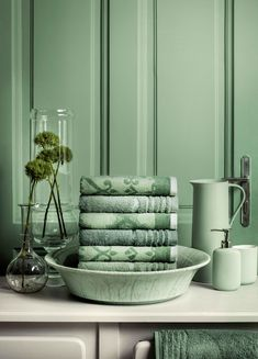 Collection Vienna Sinfonie & Poesie. Vienna, Colours, Throw Pillows, Collection, Home, Live Long, Cushions, House, Ad Home