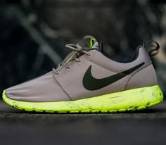 cd0bd1f3455 Nike Roshe Run – Marble Bamboo