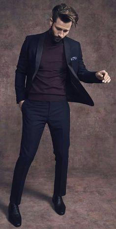A dapper tonal look with a black silk shawl blazer black trousers black plain toe shoes gray pocket square i think a plum sweater. model unknown - Capital Of Fasi Gentleman Mode, Gentleman Style, Mens Dress Pants, Men Dress, Casual Suit, Men Casual, Blazer Outfits Men, Blazer Fashion, Men Blazer