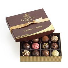 Godiva Chocolatier Signature Chocolate Truffles 12 Piece Gift Set Are you a perfectionist? Our Signature Truffles gift box represents Chocolate Christmas Gifts, Christmas Gifts For Women, Chocolate Gifts, Chocolate Box, Chocolate Stars, Chocolate Heaven, Gourmet Gifts, Gourmet Recipes, Vegan Chocolate Truffles