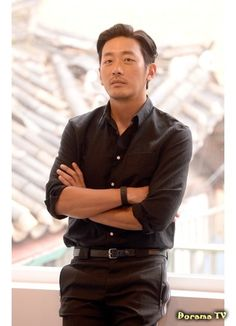 Ha Jung Woo Korean Celebrities, Korean Actors, Middle Aged Man, Hyun Bin, Jung Woo, Male Poses, Korean Model, Gentleman Style, Man Crush
