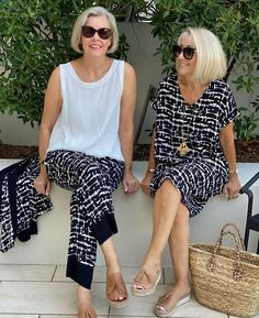 Chic Outfits, Sewing Patterns, Classy, Abstract, Stylish, Casual, Sewing Projects, Prints, Touch