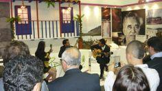 Con orgullo e inmenso sentido de pertenencia por Catedral de sal y el Destino Zipaquirá, reportamos un éxito rotundo en la Vitrina Turística ANATO 2014 en compañía del maestro Juan Eulogio Mesa y los hermanos Cely de la Universidad de Cundinamarca, deleitando a los visitantes.