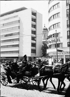 Let's have an overview of European architecture from interwar period ( early modernism, art deco, rationalism, constructivism, expresionism. Old Pictures, Old Photos, Capital Of Romania, Little Paris, Bucharest Romania, Timeline Photos, Places To Visit, City, Memories
