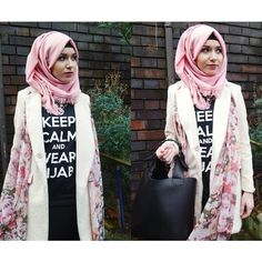 nabiilabee:  Salam beauts :) full outfit details at www.youtube.com/nabiilabee www.nabiila-bee.blogspot.co.uk #hijab #coat #modest