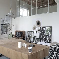 picture placement on the left Black And White Love, Grey And Beige, Grey Office, Environment Design, Interior Styling, Flooring, Traditional, Dining, Wall
