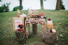 Fall woodland elopement | Planning by Naturally Yours Events | Photo by Ashley Bosnick Photography #Forest #ForestWedding #Wedding #WeddingPlanning #GreenWedding #NatureWedding #Nature #EcoFriendly #Bride #Groom #Love #Ido #SweetsTable #WeddingDesserts