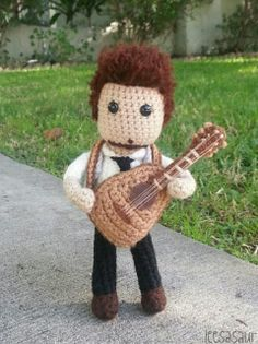 "Wed Mar 19/14 Article of how the ""Lee"" dolls came to be......leesasaur: Lee DeWyze Fights"