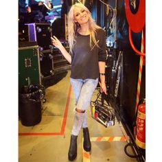 Lux's mother is Lou Teasdale, makeup/hair wizard. She is crazy talented. Teasdale, Fashion 2017, Fashion Trends, Fall Fashion, Street Style Women, Instagram Fashion, What To Wear, Style Me, Celebrity Style