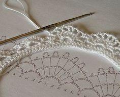 crochet lace border by Liz2006, ༺✿ƬⱤღ  https://www.pinterest.com/teretegui/✿༻                                                                                                                                                      Más