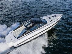 Revolver 44 GT, by the Italian Revolver Boats, has made it through as finalist for the 2015 Motor Boat Awards, as announced in early December.