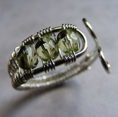 TUTORIAL - Beaded wire wrapped toe ring. £2.00, via