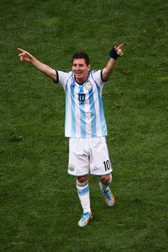 Lionel Messi Photos Photos: Argentina v Belgium: Quarter Final - 2014 FIFA World Cup Brazil God Of Football, Messi Argentina, Lionel Messi Wallpapers, Messi Photos, Leonel Messi, Transfer Rumours, Good Soccer Players, Messi 10, Latest Sports News