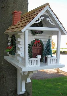 Home Bazaar Holiday Series Christmas Wren Cottage Red, Holiday Themed Bird Houses at Songbird Garden