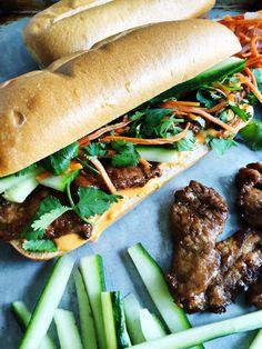 Food Dishes, Main Dishes, Mi Recipe, Banh Mi Sandwich, Pork Marinade, Asian Recipes, Ethnic Recipes, Pork Tenderloin Recipes, Wrap Sandwiches