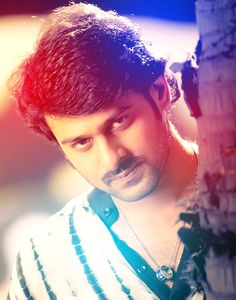 Follow me @#TIYA 4 more cute Prabhas pics & updates