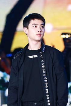 D.O - 160621 KBS Open Concert Credit: Wish Boy. (KBS 열린음악회)