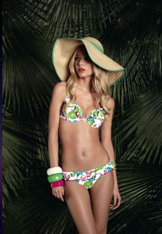 Huit Swimwear Cabana Club Push-Up underwire Cup Two Piece Swimsuit at Pesca Trend. - Price: $149.00