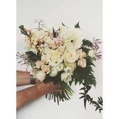 A bouquet for Jessica @jessicaroesmary Thanks for having us as part of your day #bouquet #kdfdteam #brisbaneweddingflorist #brisbanewedding