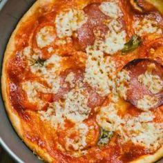 Pizza pieczona bez drożdży