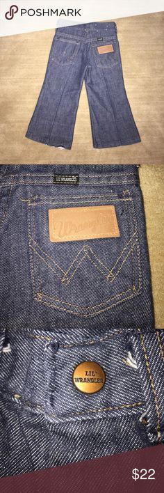 Lil' Wrangler Jeans Bootcut 2T EUC Unisex Adorable toddler Wrangler Jeans! Wrangler Bottoms Jeans