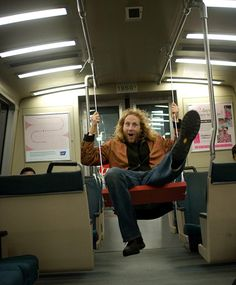 Who Said Taking the Train was Boring? Swinging on San Francisco's BART : TreeHugger