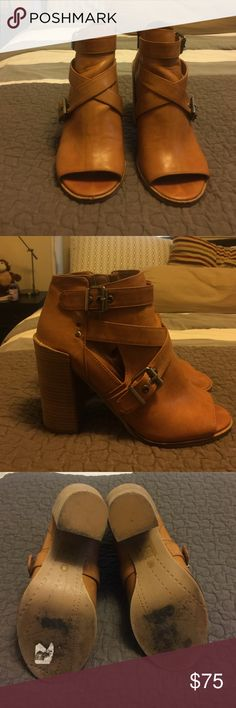 Peep toe Dolce Vita stacked heels Gently worn wooden, stacked heel. Perfect for early fall. Super comfortable! Make me an offer! Dolce Vita Shoes Ankle Boots & Booties
