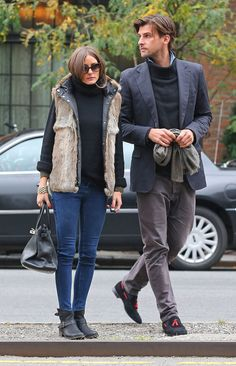 Olivia Palermo Skinny Jeans  Slim skinny jeans were just the thing to make this cozy-chic look complete.
