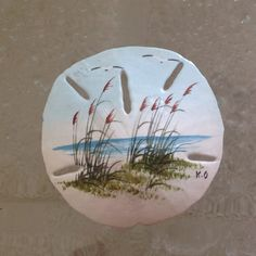Hand Painted Sand Dollar Vintage souvenir from Florida, pretty beach scene 3 inch diameter Excellent condition, comes with plastic stand shown ~~~~~~~~~~ I hope youll take a moment to view the other items in my shop ~ Thank you! Seashell Painting, Seashell Art, Seashell Crafts, Stone Painting, Sea Crafts, Rock Crafts, Diy And Crafts, Sand Dollar Art, Sand Dollar Tattoo