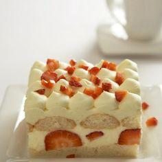 Tiramisu s jahodami Organic Recipes, Ethnic Recipes, Czech Recipes, Tiramisu, No Bake Cake, Healthy Recipes, Healthy Food, Waffles, Cheesecake