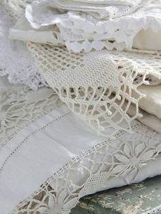 Vintage linens & crochet                                                                                                                                                      Más