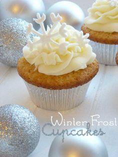 Winter Frost Cupcakes | Raquel's Kitchen