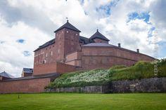 8 x Suomen linnat