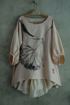 Paint in monochrome on a plain dress or top.