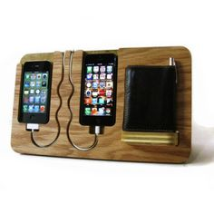 iPhone充電ドックステーション ダブル カギも財布もまとめてオーガナイザー by Chris Fandz
