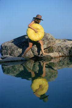 Finding A Spot, Costa Smeralda, Sardinia - © Slim Aarons, 1973 #slimaarons