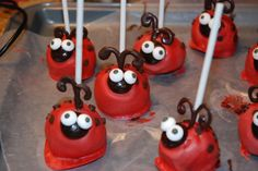 Fun Favors: Lady Bug and Bumble Bee Cake Pops | Eyeballs By Day, Crafts By Night