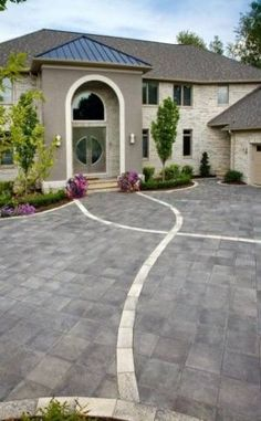 Front entrance by Unilock with Umbriano paver and accent - Photos