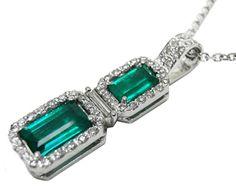Unique emerald pendat