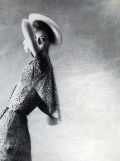 Lillian Bassman, fotographer, XX.