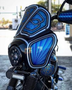 Conelys T-sport fairing! Harley Dyna, Harley Davidson Dyna, Dyna Club Style, Side Bags, Pinstriping, Golf Bags, Cars And Motorcycles, Motorbikes, Europe