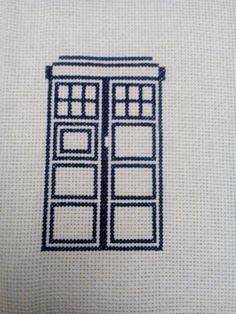 TARDIS Doctor Who http://mira-bell.blogspot.com/2016/05/tardis.html