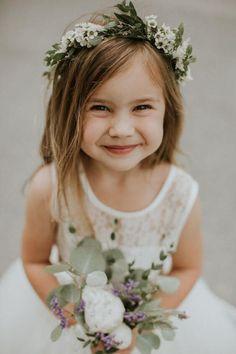 Flower Girl Headpiece, Flower Girl Photos, Flower Girl Dresses Boho, Flower Girl Bouquet, Flower Girl Crown, Flower Crown Wedding, Floral Crown, Floral Wedding, Wedding Flowers